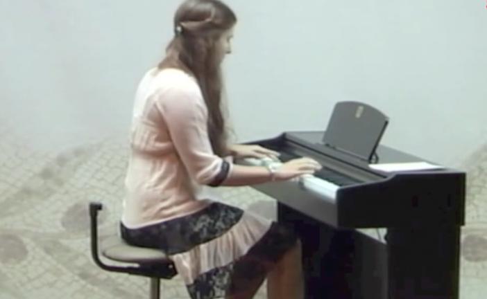«Εν δράσει»: Ξεχωριστές Μελωδίες στο Πιάνο (video)
