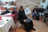 «Εν δράσει 2017»: Ο π. Λάζαρος Μαρόγιαννης μιλάει στα παιδιά της Ευαγγελίστριας για τα οφέλη και τους κινδύνους από την χρήση του διαδικτύου