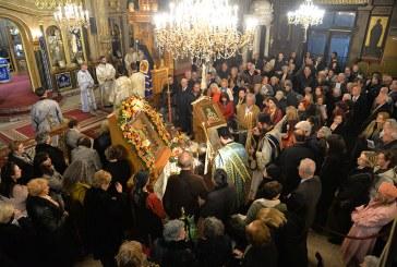 «Ευαγγελίστρια 2019»: Με λαμπρότητα η πανήγυρη του Ιερού Ναού Ευαγγελιστρίας Πειραιώς