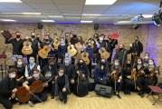 «Εν δράσει 2020»: «Με κιθάρες και βιολιά… τραγούδια Ελλήνων συνθετών»