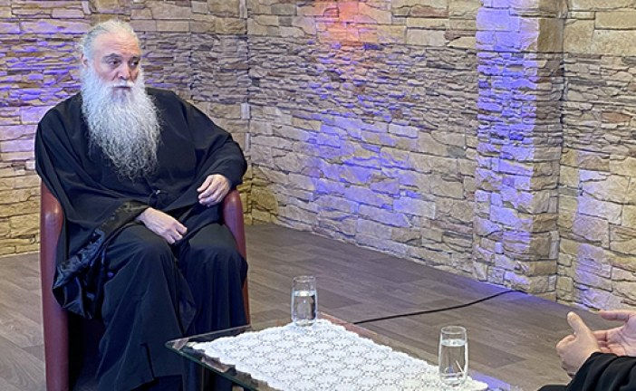 «Εν δράσει 2020»: π. Εφραίμ Τριανταφυλλόπουλος – ο π. Σπυρίδων Βασιλάκος